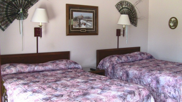 Lodging near Diamond Jo Casino in Northwood IA with Pet Friendly Rooms